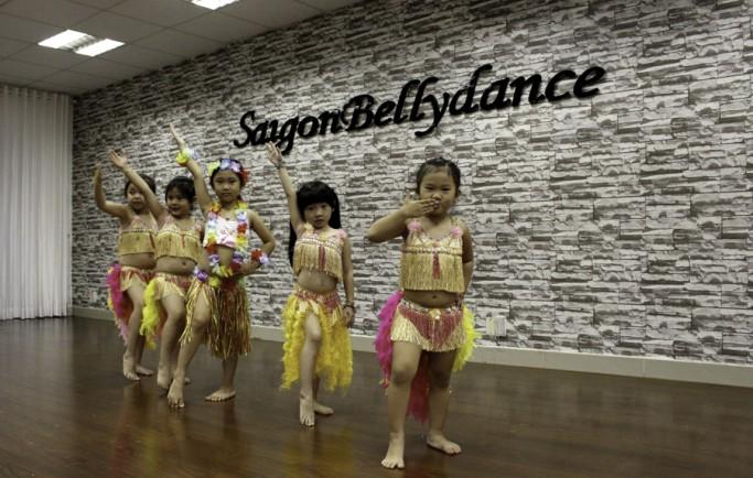 Chuyên dạy học kèm múa bụng trẻ em tại nhà ở tphcm