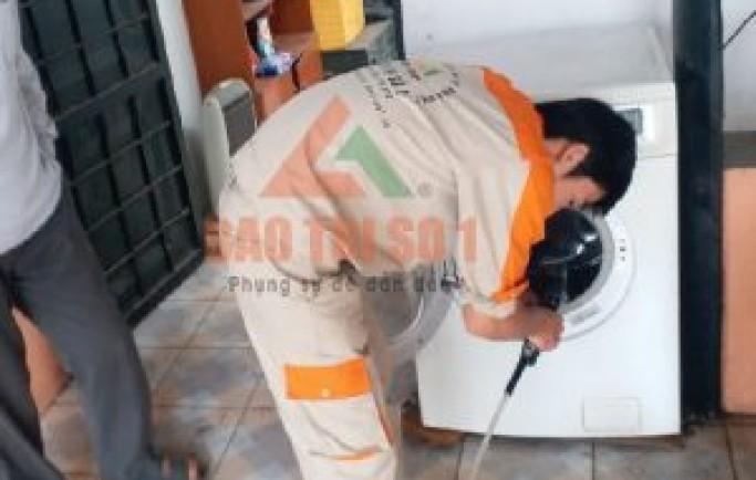 Chuyên gia sửa chữa máy giặt quận đống đa khắc phục lỗi hết