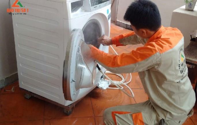 Dịch vụ sửa chữa máy giặt tại royal city đảm bảo dứt điểm nhanh