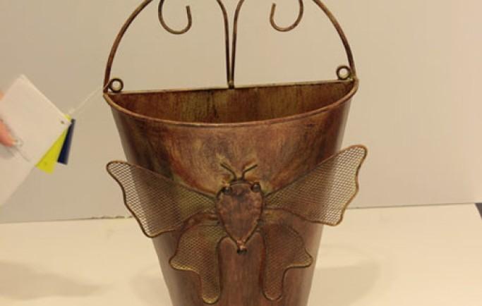 Gợi ý phụ kiện trang trí nhà bằng kim loại cổ mang nét cổ điển