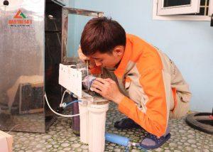 Hé lộ bạn dịch vụ sửa chữa máy lọc nước tại nhà hiệu quả nhanh chóng